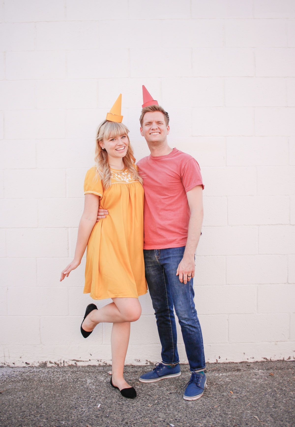 जोड़ों के लिए 31 अक्टूबर को पहनने के लिए 25 आसान हेलोवीन पोशाक