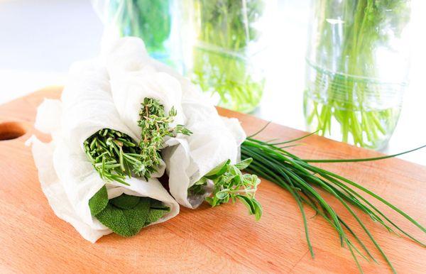 Cómo almacenar hierbas frescas