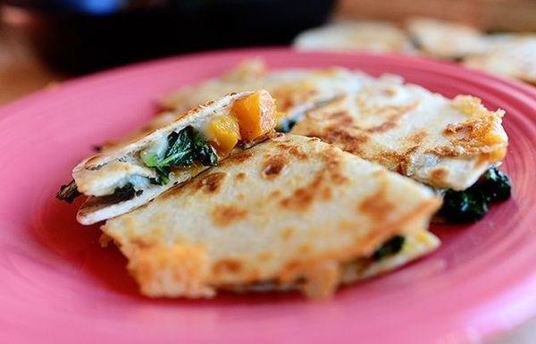 สควอช Butternut & Kale Quesadillas