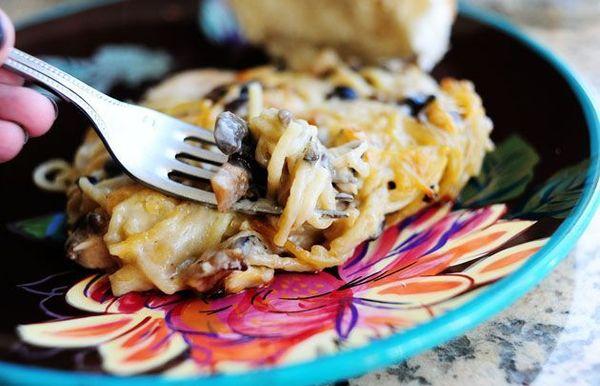 Cazuela cremosa de espaguetis con pollo