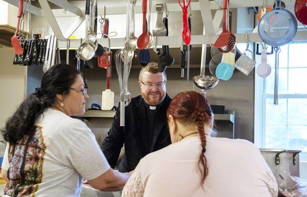 U Južnoj kuhinji St. Teresa of Calcutta u gradu Ree Drummond ima mjesta za sve