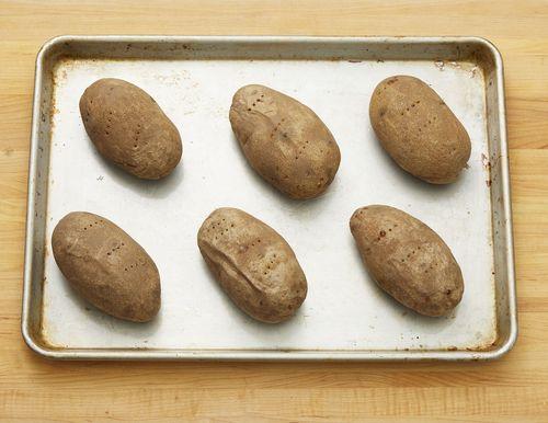 Како пећи кромпир у рерни