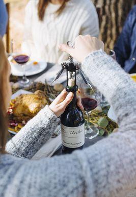 Vai dzērienu veikali ir atvērti Pateicības dienā 2020. gadā? Šeit ir viss, kas jums jāzina