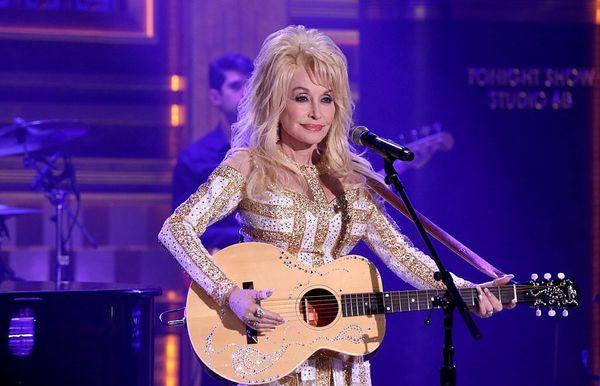 Las 20 mejores canciones de Dolly Parton que pueden ayudarte con cualquier cosa