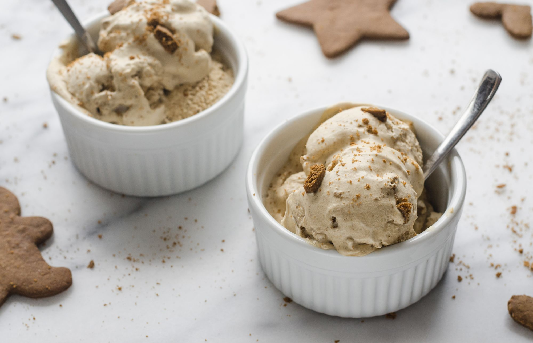 जिंजरब्रेड कुकी आइसक्रीम